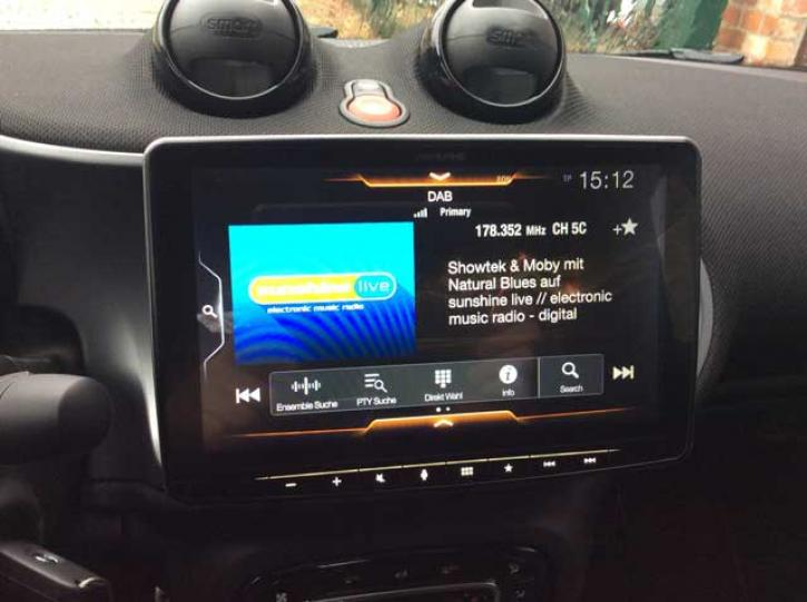 Alpine iLX-F903D HALO 9 Zoll smart 453 Original Werksradio